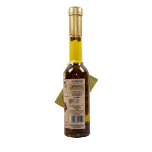 Flavored extra virgin olive oil with Four Peppercorns